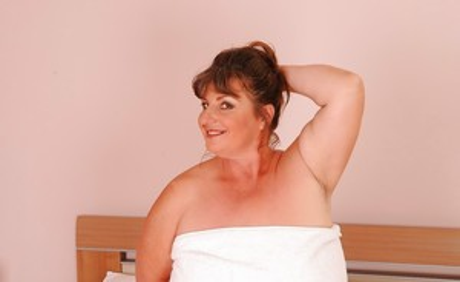 Chubby Older Women Pics