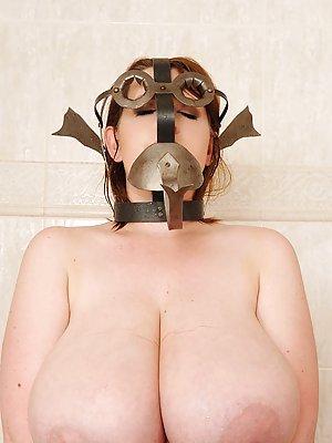 Chubby BDSM Pics