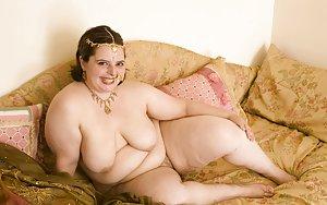 Chubby Saggy Tits Pics